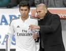 Zidane trao băng thủ quân đội trẻ Real Madrid cho con trai