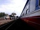 Đường sắt Bắc - Nam tê liệt khoảng 3 tiếng vì đầu máy tàu hỏa gặp sự cố