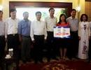 Phó Thủ tướng trao 1 tỷ đồng giúp Quảng Ninh khắc phục hậu quả mưa lũ