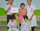 Hơn 340 triệu đồng đến với hai chị em sinh đôi bị suy tủy xương
