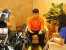 Công Vinh trả lời phỏng vấn báo nước ngoài bằng tiếng Anh