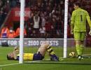 Arsenal thua đau Southampton: Bạc đầu ngọn sóng cuốn anh hùng