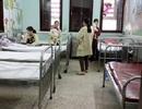 """Bất ngờ thừa... giường bệnh ở 2 khoa """"nóng"""" của Viện Nhi Trung ương"""