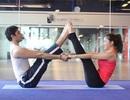 Rủ chàng cùng tập yoga đôi