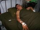 2 chiến sĩ CSCĐ bị người vi phạm giao thông dùng ná bắn