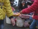 Hãi hùng dạo chợ ngày cận Tết