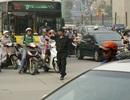 Cảnh sát cơ động được tuần tra công khai kết hợp hóa trang