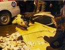 Hà Nội: Va chạm với taxi, cô gái trẻ bị xe khách cán chết