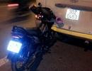 Hà Nội: Xe máy găm vào đuôi xe khách, 1 phụ nữ nguy kịch