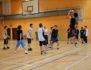 Du học sinh tại Pháp: Hào hứng tranh tài tại giải bóng rổ 2012
