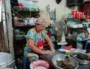 Hấp dẫn món bánh cuốn nhân thịt gà không hàn the phố Hàng Bồ