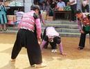 Tết về, lên Mộc Châu xem người Mông… ấp trứng