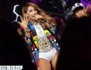 Sao Hàn bị chỉ trích vì mặc bikini lên sân khấu