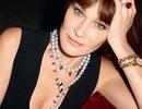 Cựu đệ nhất phu nhân Pháp quảng cáo nữ trang