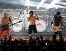 """Red Hot Chilli Peppers thừa nhận chơi nhạc """"nhép"""""""