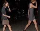 """Taylor Swift """"đọ chân"""" với siêu mẫu cao 1,85m"""