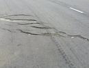 Những vết nứt nghiêm trọng trên tuyến đường Lào Cai - Sa Pa
