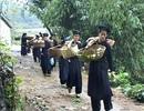 Mùa xuân, người Tày ở Cao Bằng tính chuyện trăm năm