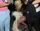 Nữ diễn viên Mỹ say xỉn trên phố