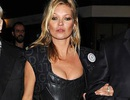 Kate Moss nổi loạn với thiết kế lưỡng tính