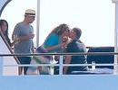 Mariah Carey hạnh phúc bên bạn trai giàu có