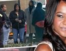 Sốc khi người thân rao bán hình ảnh hấp hối của con gái Whitney Houston