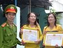 Khen thưởng 2 phụ nữ dũng cảm truy bắt cướp