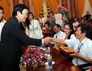 Chủ tịch nước gặp mặt người khuyết tật tiêu biểu