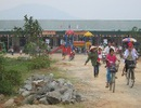 Hà Tĩnh: Trường Mầm non thu tràn lan, dân nghèo than thở