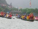 Du khách bơi thuyền dự Lễ hội Thánh Quý Minh Đại Vương