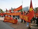 """Người Việt tại Thụy Sĩ xuống đường phản đối Trung Quốc vụ """"giàn khoan"""""""