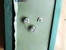 Phá két sắt trộm gần nửa tỉ đồng