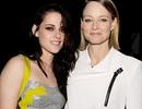 """Jodie Foster động viên Kristen Stewart sau vụ """"ngoại tình"""""""