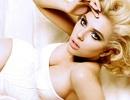 """""""Đào đẹp"""" Scarlett Johansson hé lộ kết quả học tập"""