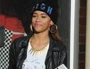 Ngôi sao của X Factor xấu hổ vì tội ăn cắp vặt