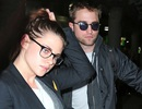 Robert Pattinson mời Kristen Stewart đi nghỉ Giáng sinh