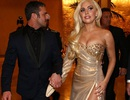 Lady Gaga gợi cảm bên bạn trai