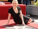 Kate Winslet rạng ngời nhận sao trên Đại lộ danh vọng