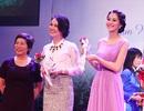 Hoa hậu Thu Thảo được vinh danh vì hoạt động thiện nguyện