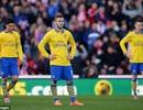 """Arsenal hụt bước tại """"đất dữ"""" Britannia của Stoke"""