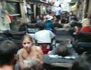 Toa hỏng, hơn 100 hành khách chịu trận