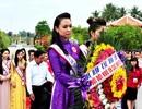 Thí sinh hoa hậu các Dân tộc tới thăm Điện Bàn