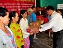 Hội Cha mẹ Nhân ái trao quà đến người dân vùng bão Quảng Nam