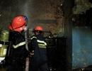 Cháy nhà do thắp hương, cụ già 80 tuổi được cứu thoát
