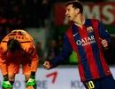 """Cuộc đua Chiếc giày vàng: Messi """"phả hơi nóng"""" vào C.Ronaldo"""