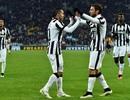 """Hủy diệt """"tí hon"""", Juventus """"đóng đinh"""" vào ngôi đầu"""