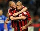 """""""Máy chém"""" De Jong cứu AC Milan thoát thua"""