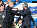 """Đã đến lúc Wenger """"lật đổ"""" Mourinho?"""