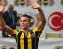 CLB mới của Van Persie gặp khó ở Champions League