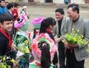 Ấm lòng lễ trao quà Tết của Bộ trưởng Giáo dục với thầy trò vùng khó